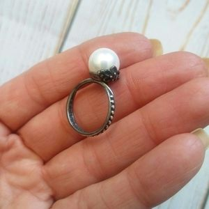 Pearl Sterling Silver ring size 6